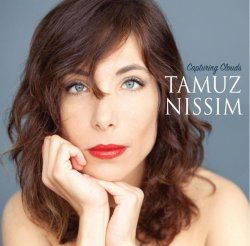 画像1: 【ギタートリオをバックに魅惑の歌声】CD Tamuz Nissim / Capturing Clouds